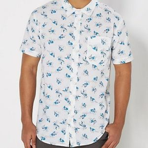 Disney Donald Duck Button up Dad Shirt Sz. Medium